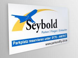 Beklebtes Firmenschild aus Alu Dibond für die Firma Seybold