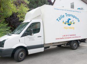 Mit Logo folierter Kastenwagen für Tölle Transporte