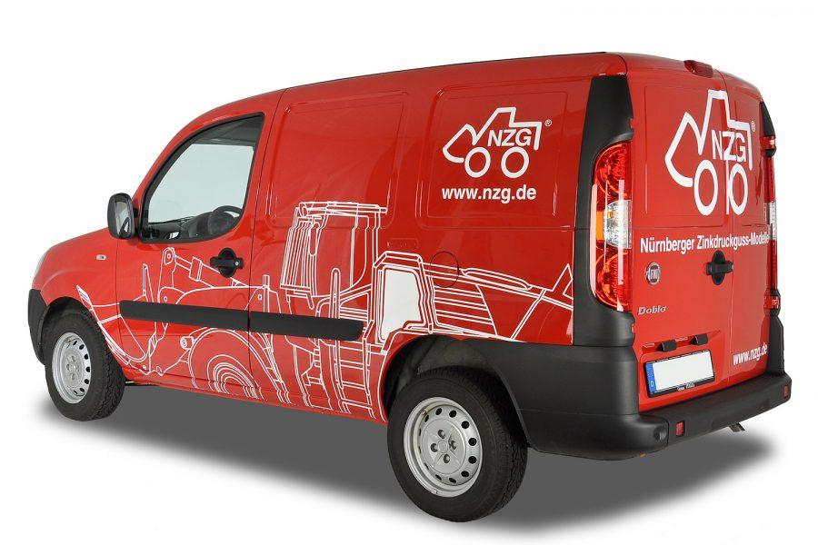Kreative Fahrzeugbeklebung für Nürnberger Zinkdruckguss-Modelle