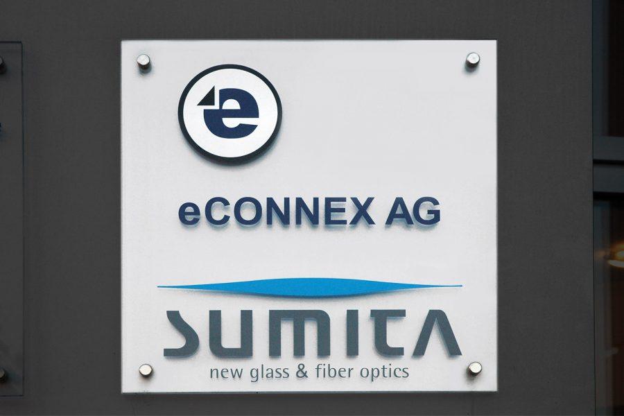 Acrylglasschild für die Firma eCONNEX AG
