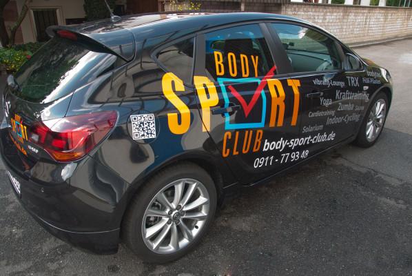 focus-folienbeschriftung-fahrzeugbeklebung-body-sport-club-01