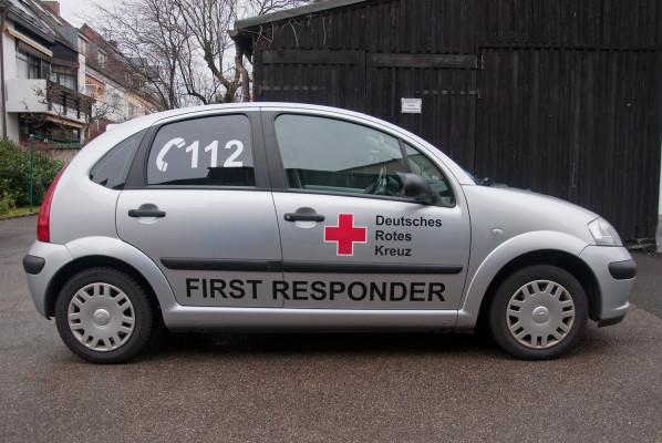 focus-folienbeschriftung-fahrzeugbeklebung-first-responder