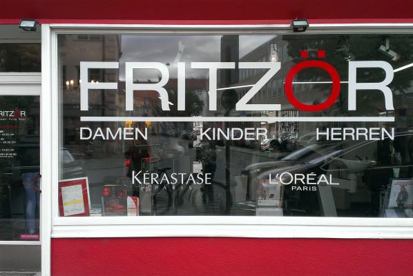 focus-folienbeschriftung-schaufensterbeklebung-fritzoer-nuernberg