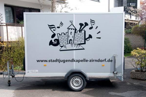 werbeagentur-focus-stadtjugendkapelle-zirndorf-anhaengerbeklebung