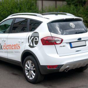 Schrägansicht der modernen kinetik elements Fahrzeugbeklebung