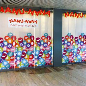Sichtschutzbeklebung bei Nanu Nana bis zur Eröffnung