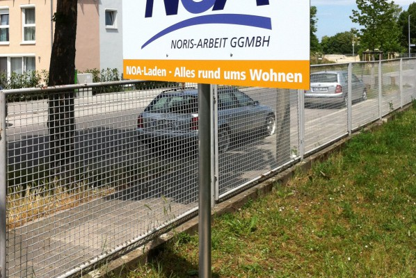 folienbeschriftung-focus-schildanlage-noa-nuernberg