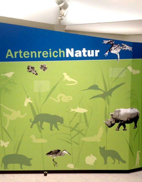 Folierung von großen Informationstafeln im Tiergarten Nürnberg