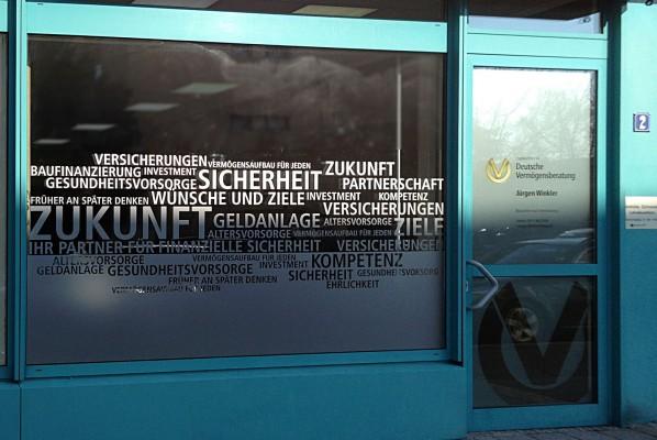 deutsche-vermoegensberatung-juergen-winkler-schaufensterbeklebung-links