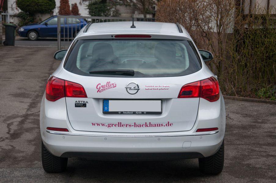 Greller's Backhaus beklebter Opel
