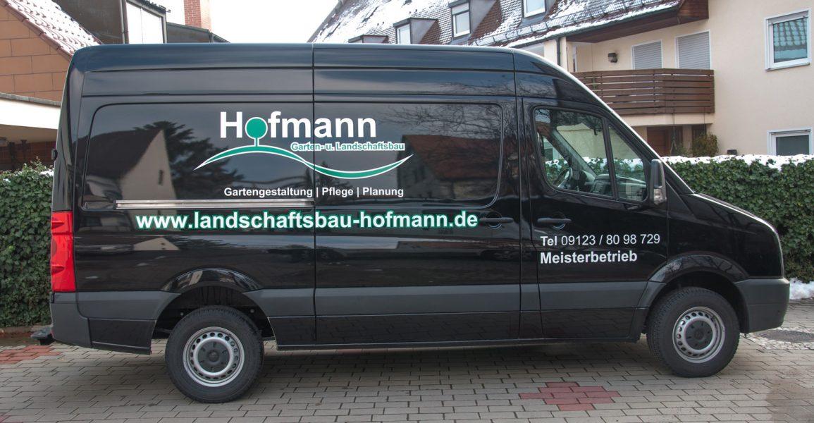 Fahrzeugfolierung im Maerz 2016 für Garatenbau Hofmann