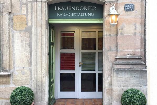 focus-folienbeklebung-nuernberg-erlangen-schaufenster-beklebung-frauendorfer-02
