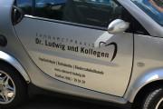 focus-folienbeklebung-nuernberg-fuerth-fahrzeugbeklebung-smart-zahnarzt-ludwig-03