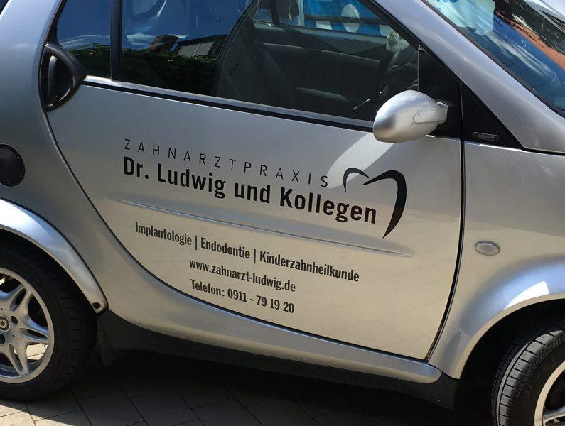 Smartbeklebung aus der Flottenbeklebung von Zahnarzt Dr. Ludwig