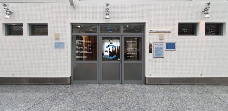 Eingangsbereich des Medic Centers Nürnberg