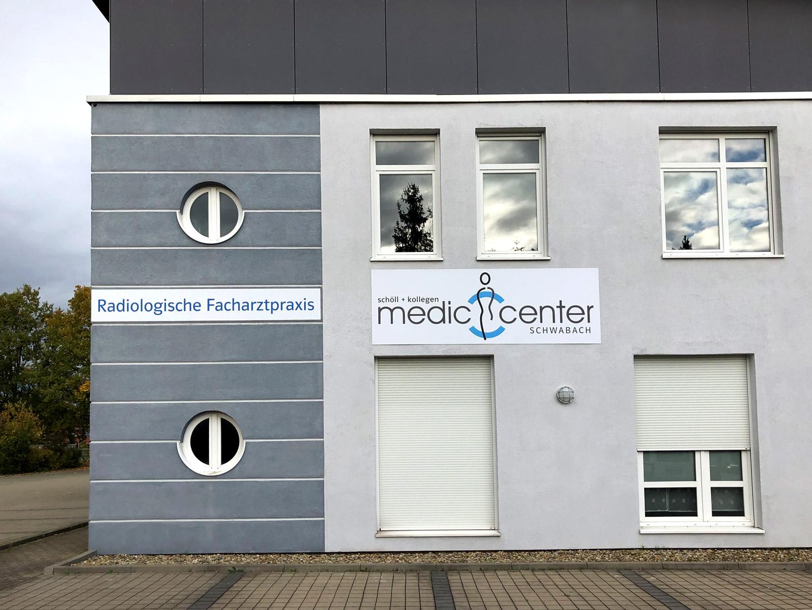 Praxisfassade des Medic Centers Nürnberg in Schwabach