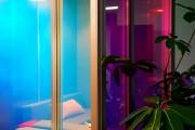 focus-folienbeschriftung-nuernberg-cubes-dichroitische-folie-design-offices-09