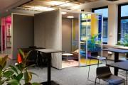 focus-folienbeschriftung-nuernberg-cubes-dichroitische-folie-design-offices-14