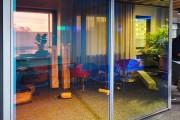 focus-folienbeschriftung-nuernberg-cubes-dichroitische-folie-design-offices-15