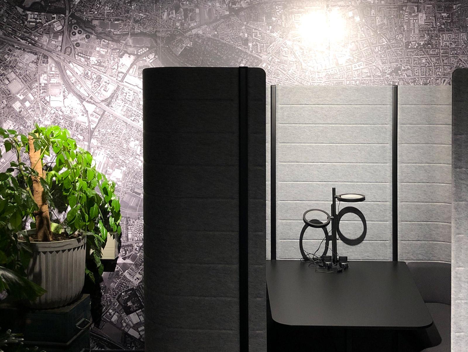 Vollflächiges, bedrucktes Wandtattoo bei Design Offices