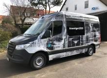 Großflächige Fahrzeugfolierung   Fraunhofer Institut